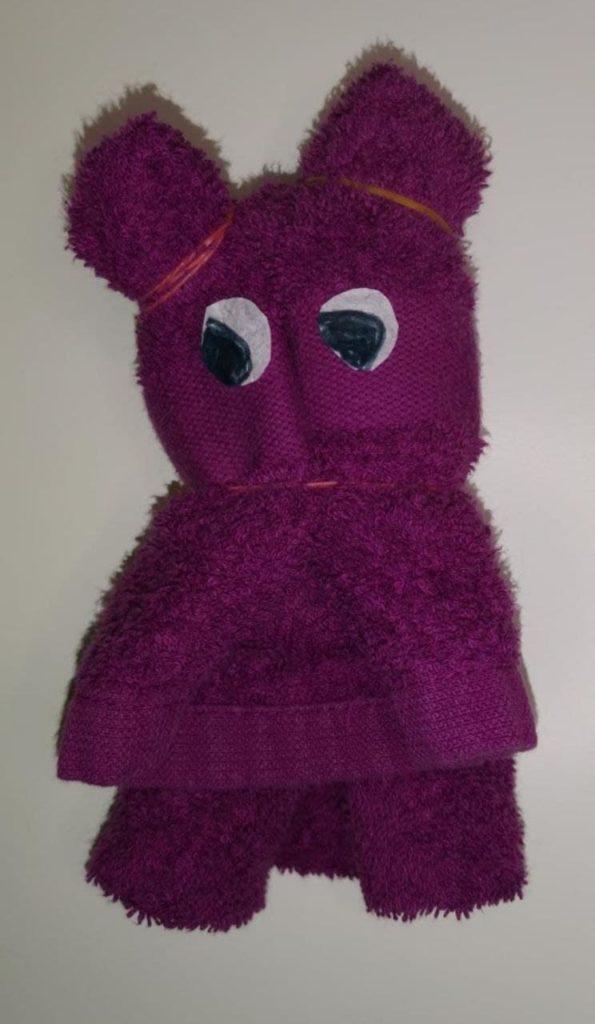 Diy selbstgemachter Handtuch-Teddy