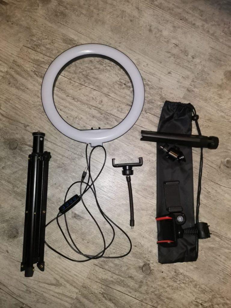 Packungsinhalt Das SYOSIN-Ringlicht