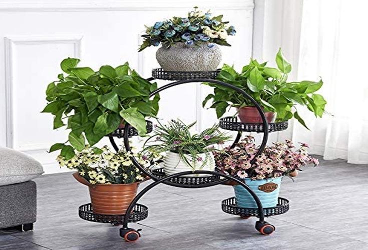 Pflanzgefäßständer mit Rädern