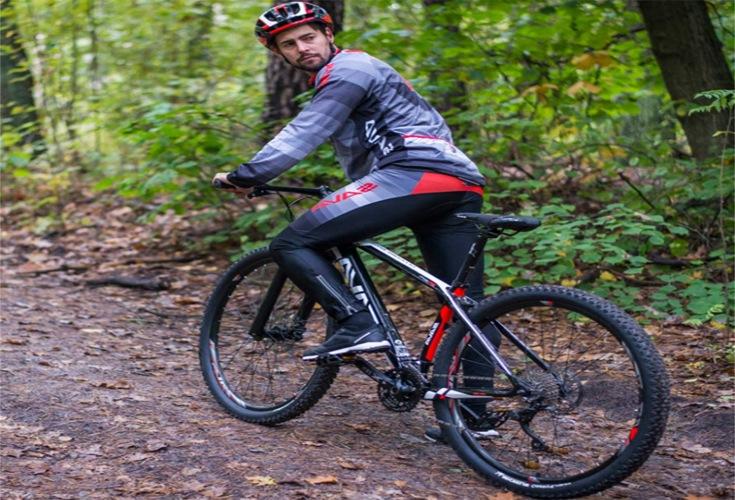 Freizeit und Sport mit einem Mountainbike